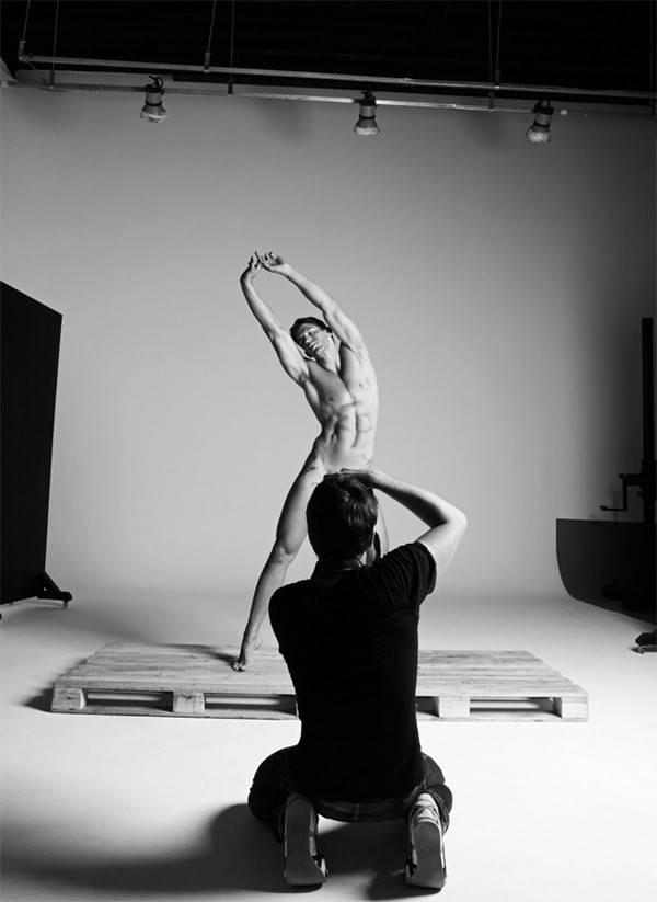 Miro Moreira em ensaio sensual