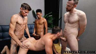 Triplo penetração com machos dotados - TimTales