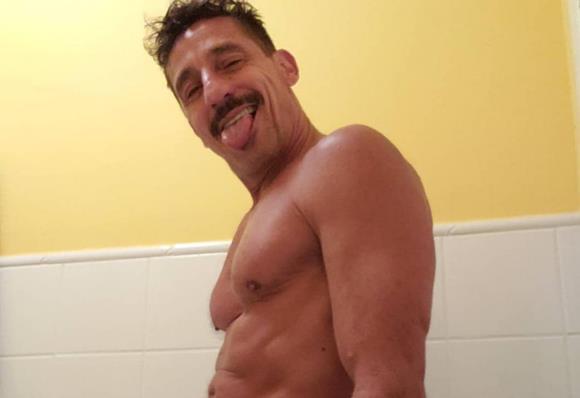 Fotos sensuais do ator Tuca Andrada